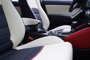 Mazda-CX5-Buffalino-Leder-Zwart-Wit-Rood-Detail-300x200