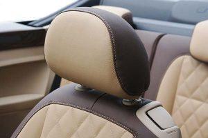 VW-beetle-Cabrio-Buffalino-Chocoladebruin-Beige-Diamond-Stiksel-Hoofdsteun-300x200